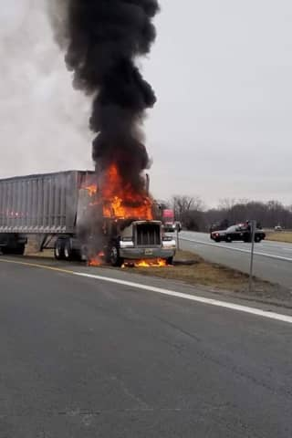 Truck Fire Causes I-84 Lane Closure