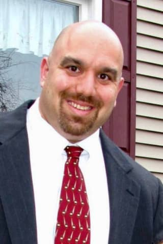 Gordon Beinstein Of Greenwich's Western Middle School Named CT Principal Of Year