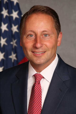 Look Who's Back: Ex-Westchester County Exec Rob Astorino Running For Governor In 2022