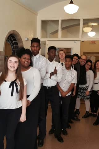 Peekskill High School Singers To Open For Manhattan Transfer At Paramount