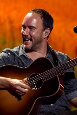 CT's First Farm Aid Concert Features Dave Matthews, Willie Nelson, Neil Young, John Mellencamp