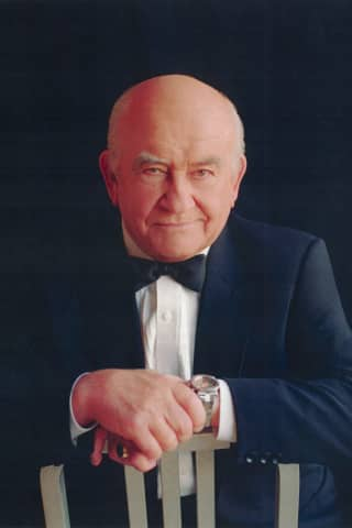 Lou Again: 'Mr. Grant,' Ed Asner Will Return To Ridgefield Playhouse