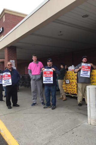 Stop & Shop Management, Union Continue Negotiations As Strike Reaches Fifth Day