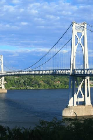 Mid-Hudson Bridge 'Jumper' At Large After Driving Away From Scene