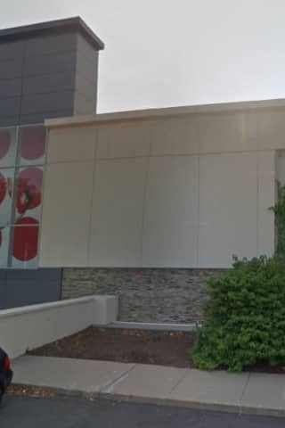 Trumbull Mall Attack Leads To Arrest Of Two Juveniles, Police Say