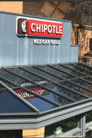 Chipotle Closing New York Offices, Moving To West Coast