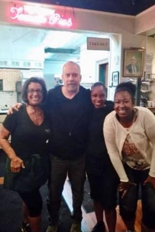 Popular Actors Paul Giamatti, Dan Lauria Stop By For Frank Pepe's Pizzeria's Signature Pies