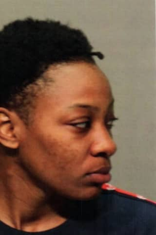 Stamford Woman Wanted For Stealing Purse In Greenwich Taken Into Custody In Norwalk