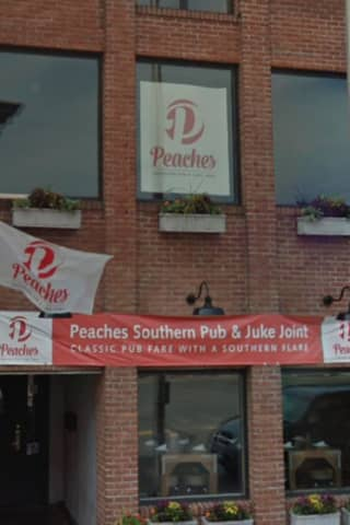 Norwalk's Peaches Southern Pub & Juke Joint Corners The Market On Comfort Food
