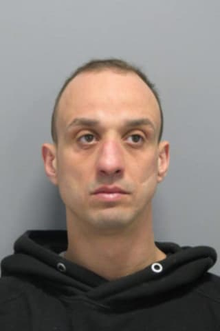 Nassau Man Wanted For Violating Probation