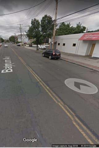 Bouncer Shot Outside Bar In Bridgeport