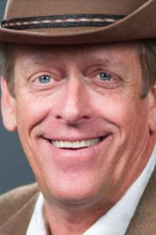 COVID-19: Founder, CEO Of National Restaurant Chain Dies At Age 65