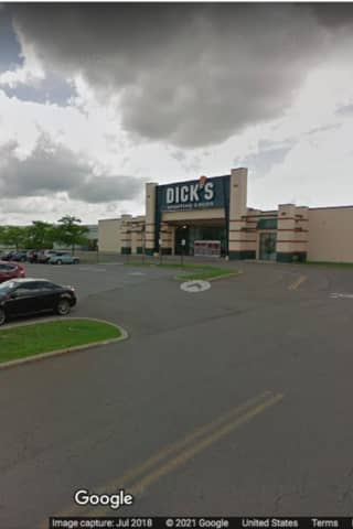 Bomb Threat Forces Evacuation Of Hudson Valley Mall