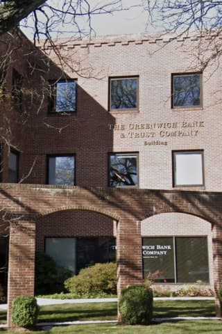 Intoxicated CT Man Grabs, Yells At Bank Employees, Police Say