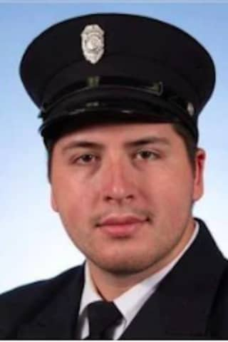 Firefighter Dies After Collapsing At Scene Of Litchfield County Blaze