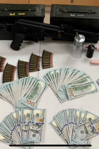 Drug Bust Nets Cocaine, Guns, Cash In Darien