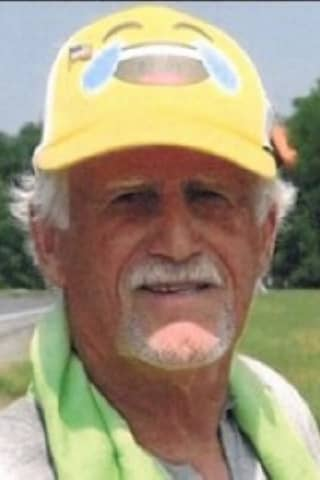 Hudson Valley Man Known As 'Hot Dog Guy' Dies At Age 80