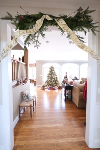 Winding Through Warwick Holiday House Tour Raises Nearly $50,000 for Local Healthcare