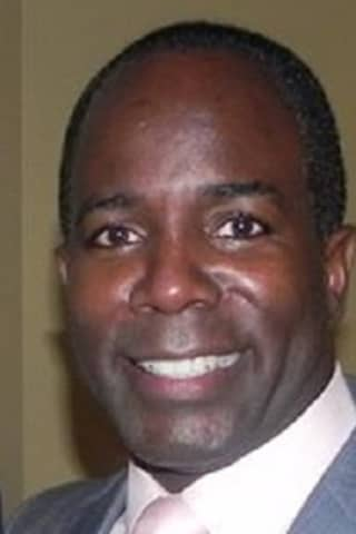 City Council Puts Copeland In Command, But Wallace Claims He's Still Acting Mount Vernon Mayor