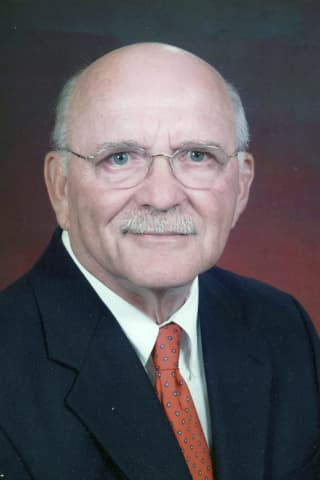 NY Educator, Administrator, Member of Harrison High Athletic Hall of Fame Bill Crenson, 89