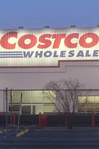 Lawsuit: Man Suffered Brain Damage When Rod Fell At Brookfield Costco