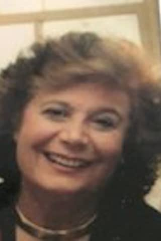 Sandra Papone, Longtime Resident Of Greenwich, Chaired Alzheimers Gala, Dies