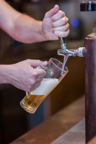COVID-19: Here's When Americans 21-Plus Will Get A Free Beer When Vaccine Milestone Is Reached