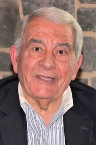 George N. Gekas, Creator Of Gazebo Room Greek Dressing, Dead At 88