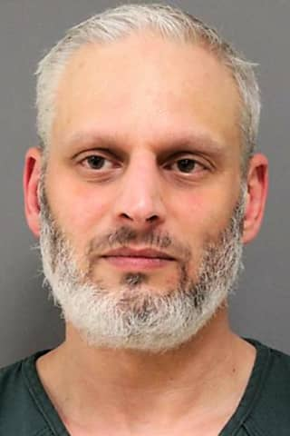 Authorities: Jersey Shore Man Threatened Lakewood Jews In Facebook Message To Murphy, Others