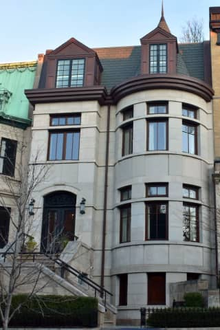 Bergen County Native Sells Record Breaking Hoboken Mansion For $5M