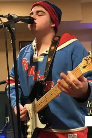 Mahopac Teen To Perform At Westchester Cafe