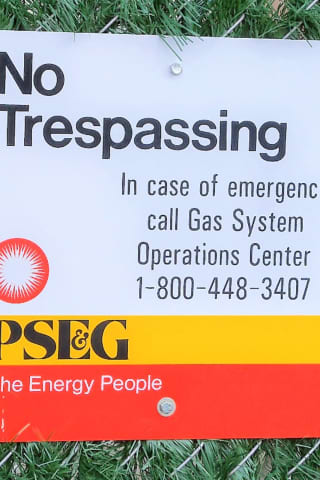 PSEG Adds Gate Lock, 'No Trespassing' Signs To Glen Rock Property -- All Stolen
