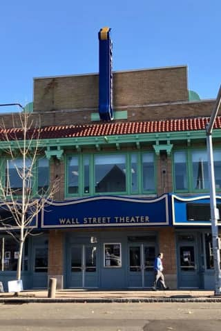 Norwalk's Wall Street Theater To Light Up Marquee Friday Night