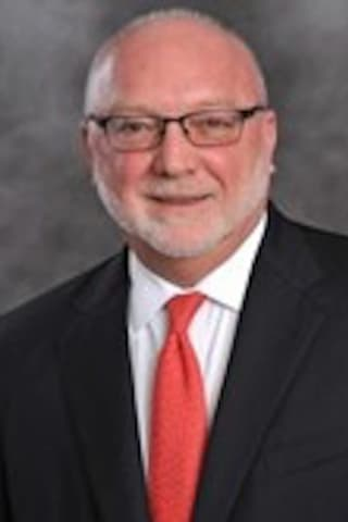 White Plains Hospital Exec From Northern Westchester Dies During Retirement Party