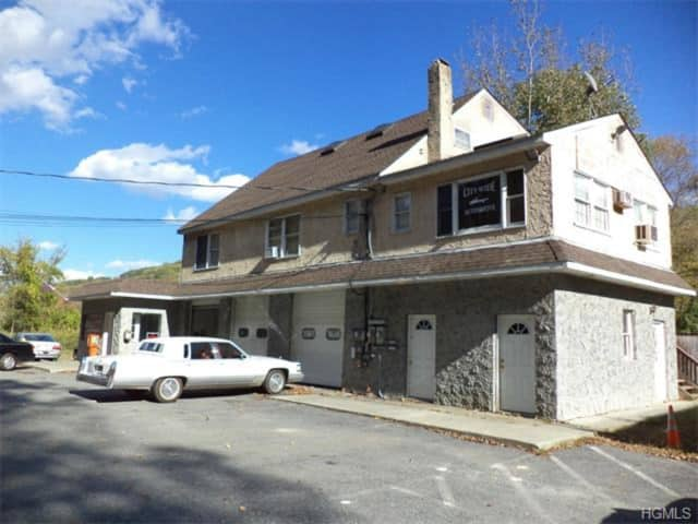 William Raveis Real Estate - Yorktown