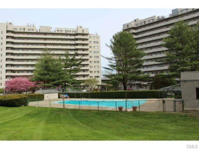 3200 Park Avenue Unit 7B1