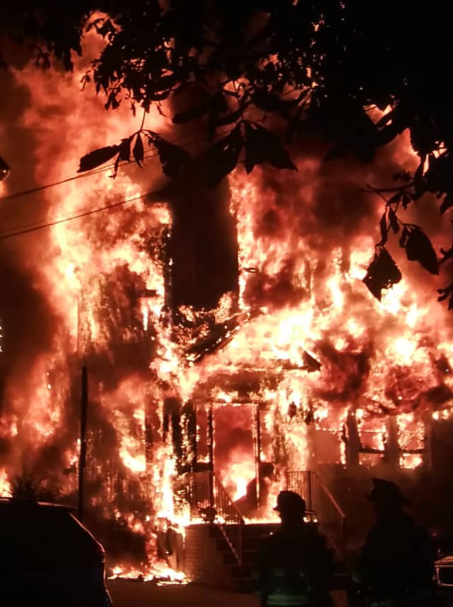 Update Cats Killed Dog Rescued In Raging Garfield House Fire Photos Video Garfield Lodi Daily Voice