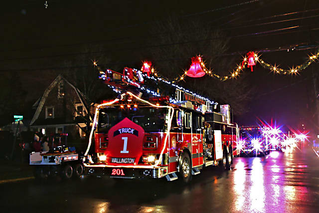 Wallington S Holiday Parade Boasts Largest Display Of Decorated Fire