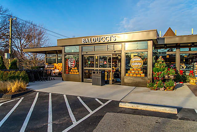 buy popular c7d9f e054f Balducci's Partners With Instacart For Online Fairfield ...